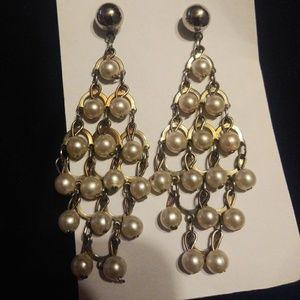 Gorgeous pearl chandelier earrings